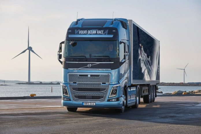 Volvo FH και FH16 σε νέα ειδική έκδοση Volvo Ocean Race